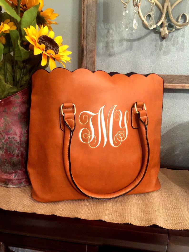 Monogrammed scalloped purse/handbag/ tote image 0