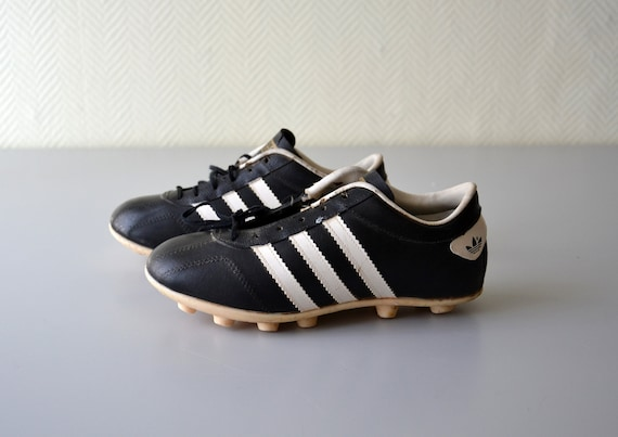 Vintage soccer shoes ADIDAS VIGO made in France french football cleats 70s or 80s shoe size 4