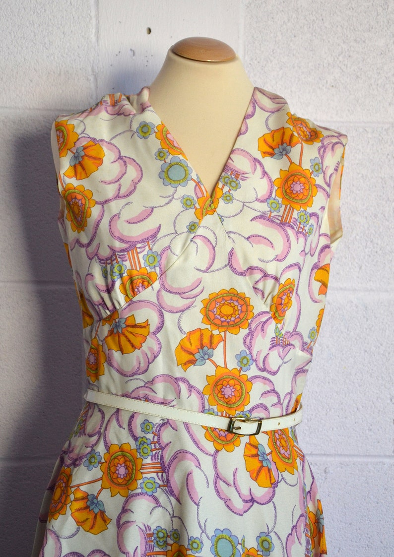 Vintage 70s dress  DESMOULINS Monte-Carlo made in France   Sleeveless dress  pop color flower pattern  us size 10  new old stock