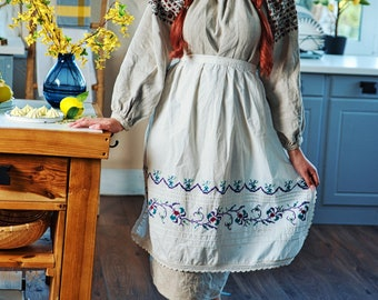Vintage Ukraine Ancient Vyshyvanka Apron Boho Handmade Embroidery