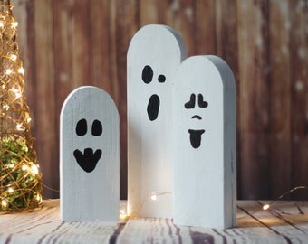 Halloween Ghosts, Rustic Halloween Decor, Primitive Ghost, Wooden Ghost, Primitive Halloween, Halloween Decor, Porch, Table, Party, Gift