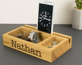 Personalised Wooden Phone Holder Tray, Oak Catchall, Tablet Stand, Office Desk, Bedside Organiser, Gift for Him, Dad, Husband, Boyfriend