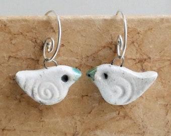 2 Snowflake charms whitish silver tone CT171