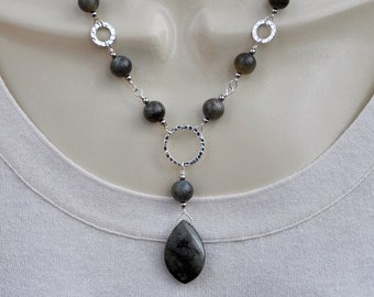 Faceted Labradorite Stone Pendant and Silver Necklace and Earring Set