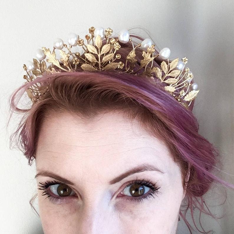 The AGATHA Crown queen tudor renaissance pearl leaf image 0