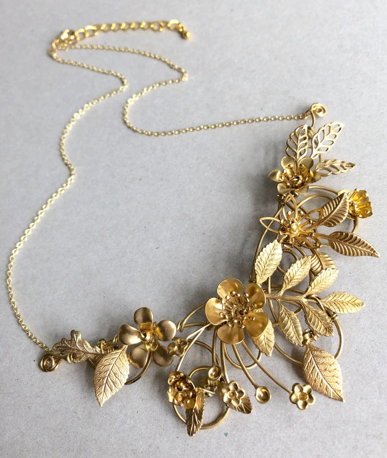 The FLORA Necklace Floral organic leaf flower vintage image 0