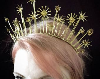The STARLET Star Brass Crown Tiara - Wedding, Festival, Bride, Christmas, Prom, Headpiece, Starry, Constellation, Gold