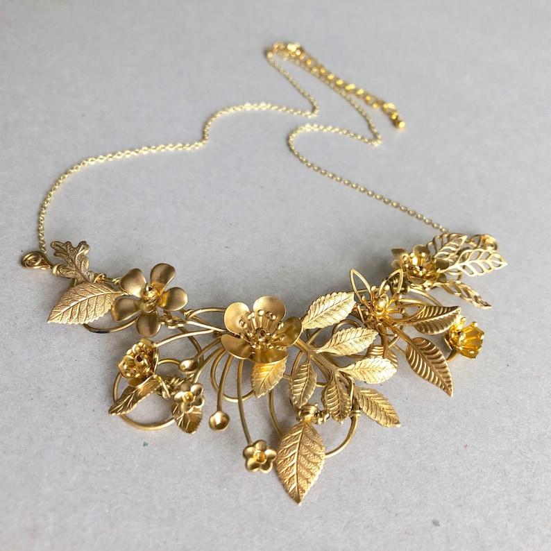 The FLORA Necklace Floral organic leaf flower vintage image 0
