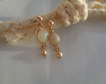 Gold opal earrings, 585 gold filled with genuine precious Opal