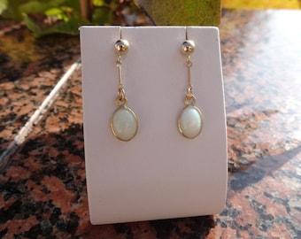 Genuine opal earrings! 585-er Goldfilled, very classy!