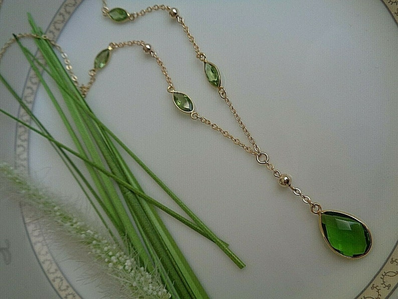 gold filled Gold chain with peridot quartz Y-chain