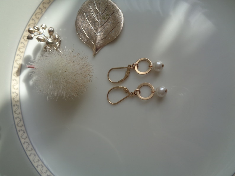585 Gold Filled Gold Earrings with Pearl