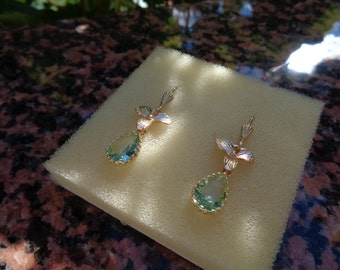 Gold Earrings with flower and sparkly crystal, 585 gold filled