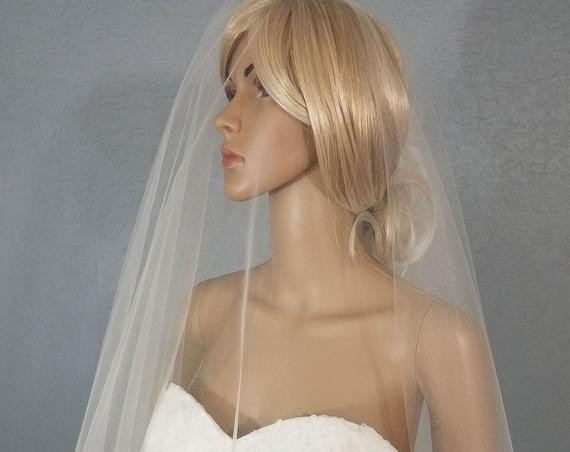 Wedding Veil, 30 inch Drop, Bridal Vail, Fingertip Vale, Champagne Veil, Colored Veil, Pink Veil, Blue Veil, Blush Veil, Ivory Veil, White