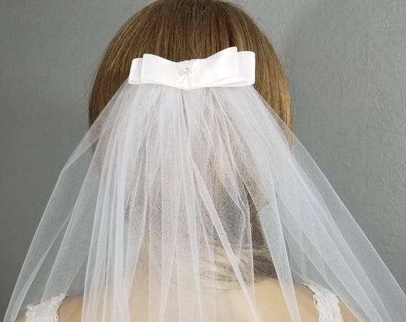 White Bridal Veil, Elbow Vail, Wedding Vale, Bow Veil, Ribbon Veil, Plain Veil, Short Veil, White Veil, Black Veil, Bling, Pink or Blue Veil