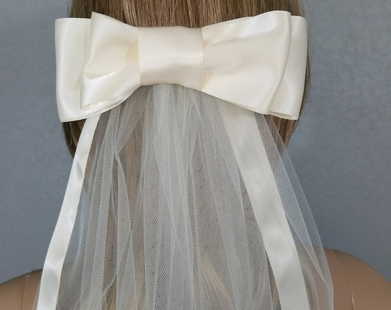 Ivory Bridal Veils, Wedding Vail, Large Bow Vale, Ribbon Edged Veil, Long Veil, Short Veil, Colored Veil,Black Veil,White Veil, Satin Ribbon