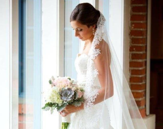 Wedding Veil, Bridal Mantilla Vail, Cathedral Vale, Long Veil, Short Veil, Lace Veil, Beaded Veil, Crystal Veil, Ivory Veil, White Veil