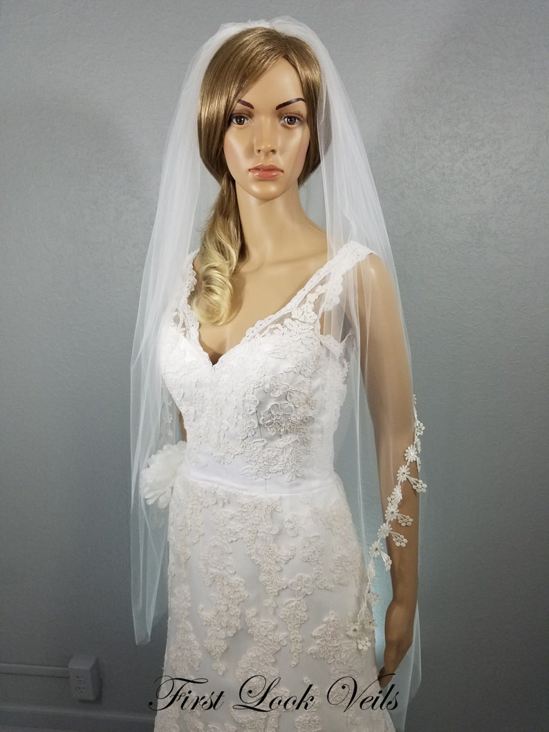 White Bridal Veil Waltz Veil Lace Vail Boho Vale Wedding image 0