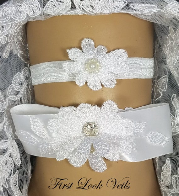 Bridal Garter, White Garter, Wedding Garter set, Floral Garter, Swarovski, Glass Pearl Garter, Rhinestones Garter, Throw Garter, Keep Garter