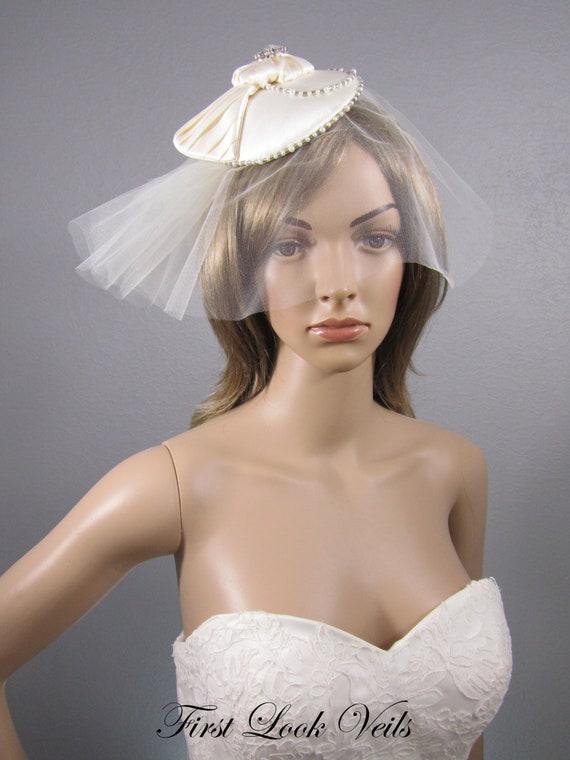 Ivory Fascinator, Bridal Birdcage Veil, Wedding Cage Veil, Bridal Hat, Blusher Veil, Mother Of The Bride, Bridal Accessory, Ivory Veil