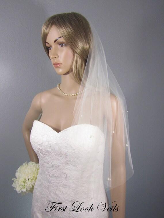 Ivory Wedding Veil, Bridal Elbow Veil, Scattered Glass Pearl Veil, Beaded Veil, Wedding Vail, Handmade, Bridal Accessory, Bridal Accessories