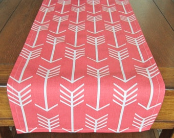 Attrayant Coral Table Runner   Spring Table Runner   Arrow Table Runner   Coral Home  Decor   Premier Prints Arrow Coral