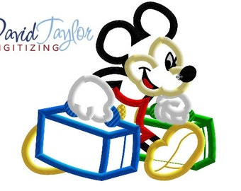 Traveling Mickey - 4x4, 5x7 and 6x10 in 7 formats - Applique - Instant Download - David Taylor Digitizing