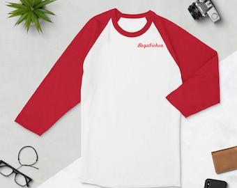 Three-quarter raglan-sleeved T-shirt
