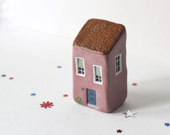 Miniature clay house / Little clay house / Blush pink house / Collectible / Home decor / House warming gift / OOAK figurine / Clay art
