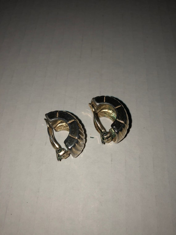 Vtg Givenchy clip on earrings, textured earrings,… - image 10