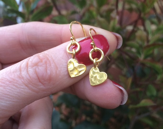 Tiny 24K Gold hammered heart earrings small Gold filled heart earrings simple Gold earrings dainty gold drop earrings jewelry gift for her