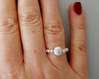 Grey Freshwater Pearl stretch ring, Sterling Silver or 18K Gold Fill