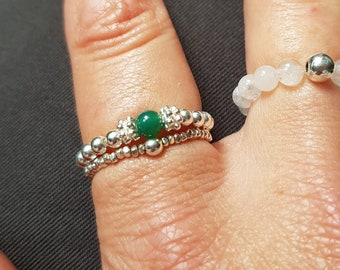 GREEN ONYX Sterling Silver stretch ring or 14K Gold Fill green gemstone bead ring beaded ring Healing jewelry heart chakra jewellery gift