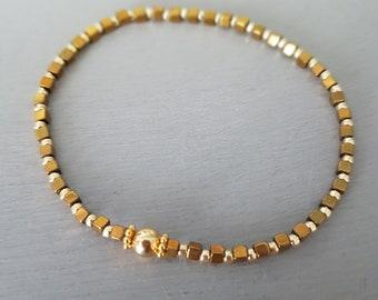 Tiny Gold Hematite crystal stretch bracelet Gold Fill gemstone bead bracelet skinny stacking jewellery minimalist dainty beaded Jewelry gift