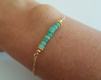 Tiny Emerald bracelet 18K Gold fill - minimalist stacking bracelet - May Birthstone jewellery gift - Chakra - Yoga Jewelry gift