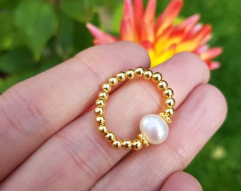 Freshwater Pearl stretch ring 14K Gold Fill / Sterling Silver beaded pearl ring large white Baroque Pearl ring stacking real pearl jewellery
