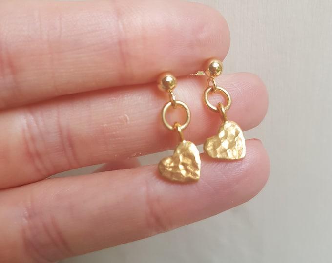 18K Gold hammered heart earrings tiny Gold Fill heart earrings simple Gold stud earrings Gold Fill drop earrings jewellery gift for girl mum
