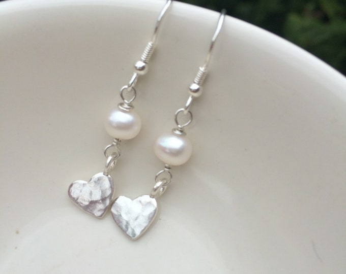 Freshwater pearl drop earrings with Sterling Silver 18K Gold or Rose Gold hammered hearts jewelry gift for her mum girlfriend sister nan