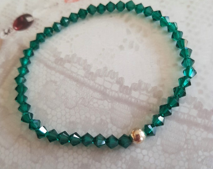 Emerald green Swarovski crystal stretch bracelet Sterling Silver or Gold Filled bead - May Birthstone jewelry - Heart Chakra - yoga gift mum