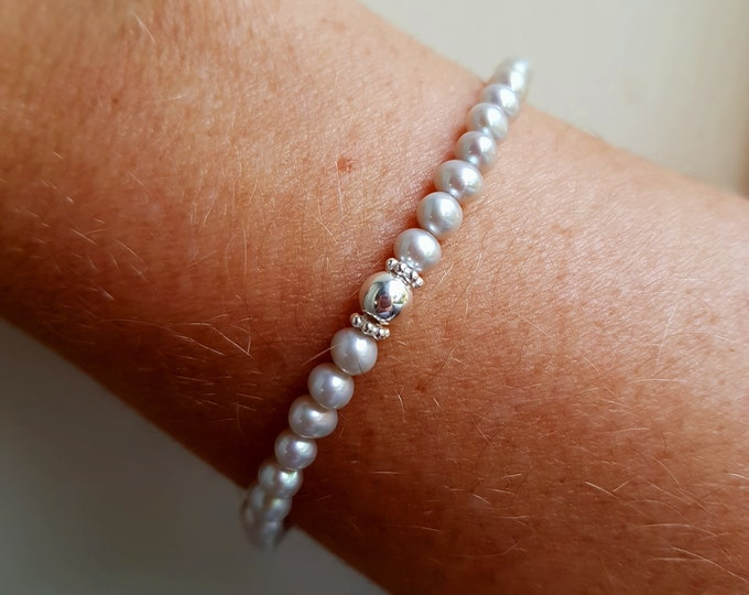 Grey Freshwater Pearl STRETCH Bracelet Sterling Silver SMALL 4-5MM AA pearl Bracelet simple pearl bracelet real gray pearl jewellery gift