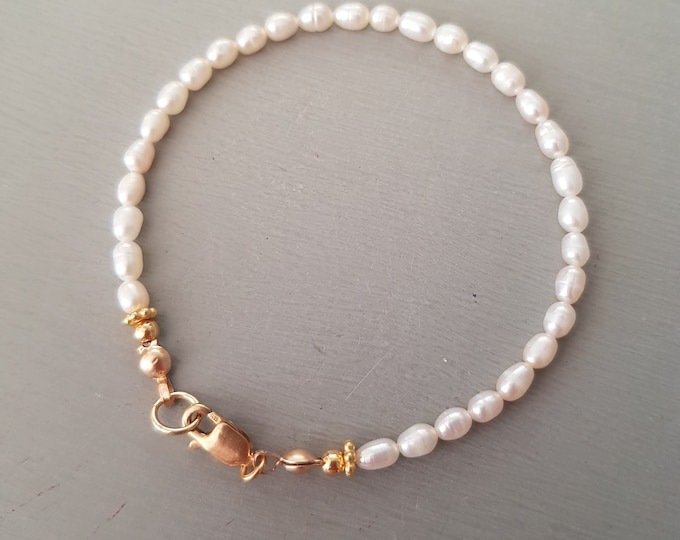 Tiny Freshwater Pearl Bracelet 18K Gold fill small white rice pearl Bracelet simple seed pearl bracelet real pearl jewellery gift for her