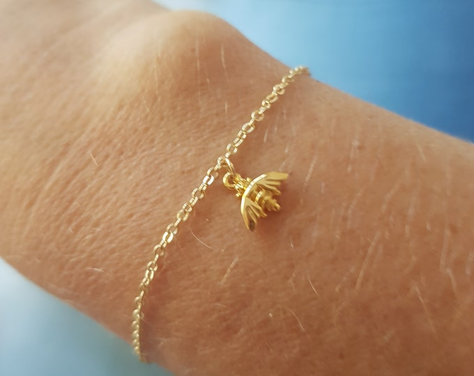 18K Gold fill tiny bee bracelet great for stacking layering minimalist jewellery bee lover -nature lover - animal lover Jewelry gift