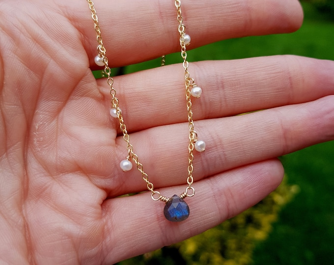 TINY Labradorite necklace with Freshwater seed pearls 18K Gold fill briolette gemstone choker grey blue gold layering jewellery Jewelry gift