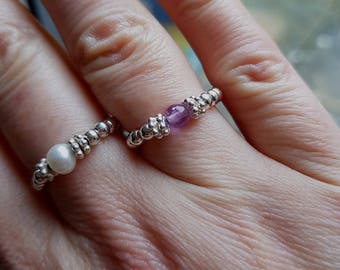 Sterling Silver Amethyst stretch ring tiny purple gemstone - February Birthstone jewellery- Crown Chakra - Healing jewelry - yoga lover gift