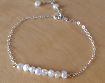 Tiny Baroque Pearl bracelet Sterling Silver / 18K Gold Fill real white Freshwater pearl bracelet June Birthstone jewellery gift tiny jewelry
