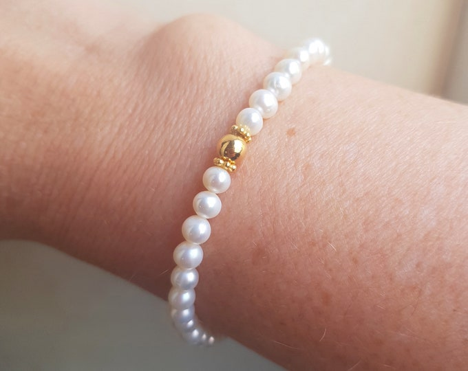Small Freshwater Pearl STRETCH Bracelet Gold Fill or Sterling Siver 5mm AA white pearl Bracelet simple real pearl jewellery gift for her
