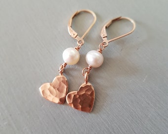Rose Gold hammered heart and freshwater pearl earrings real pearl drop earrings Rose Gold Fill heart earrings jewelry gift for sis mum prom