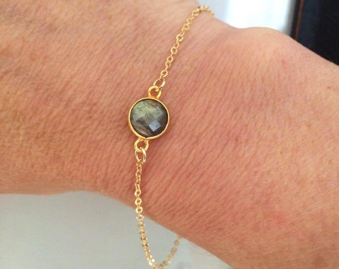 Tiny 18K Gold Fill Labradorite bracelet - Chakra jewelry gift