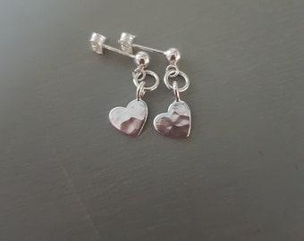 Tiny Sterling Silver hammered heart earrings small Silver heart stud earrings simple earrings dainty Silver drop earrings Heart jewellery