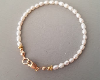 Small Freshwater Pearl Bracelet 14K Gold fill or Silver white rice pearl Bracelet simple  pearl bracelet real pearl jewellery gift for her